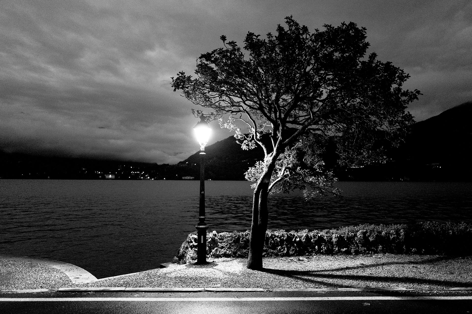 Awaiting-Dawn-at-Como